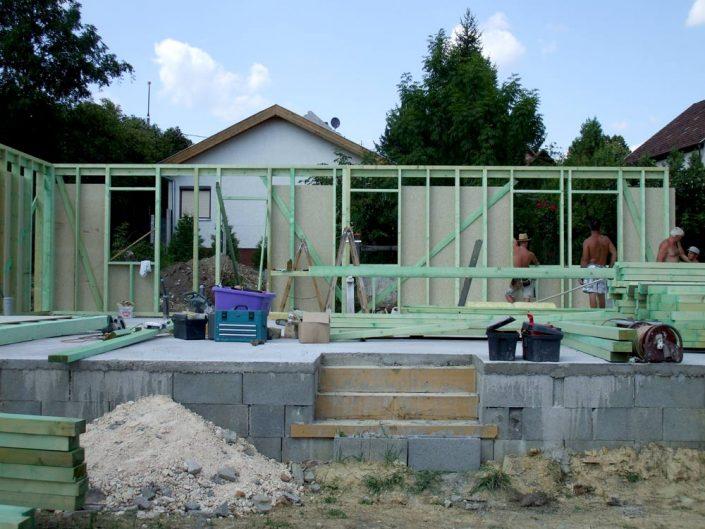 A ház falainak felállítása