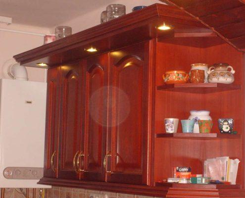 Fa konyhabútor készítés